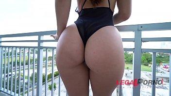 Big Butt Slut Kelsi Monroes First Dp Action Makes Her Tight Asshole Gape