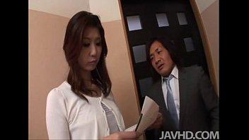Horny businessman seduces sexy cougar Nanako Yoshioka in her house 5 min