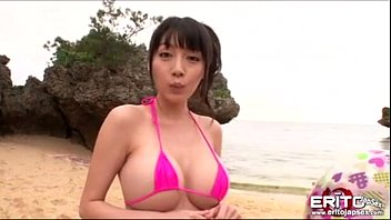 Busty Asian girl went to the beach with her new boyfriend wh 6 min