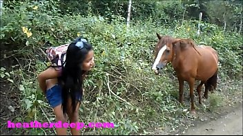 Download video sex Heather Deep 4 wheeling on scary fast quad and Peeing next to horses in the jungle online - TubeXxvideo.Com