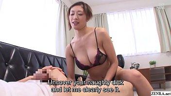 Japanese milf Reiko Kobayakawa taboo lingerie modeling 5 min