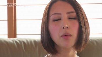 話題を提供し続ける爆弾娘・七瀬リナが初登場! 1 12 min