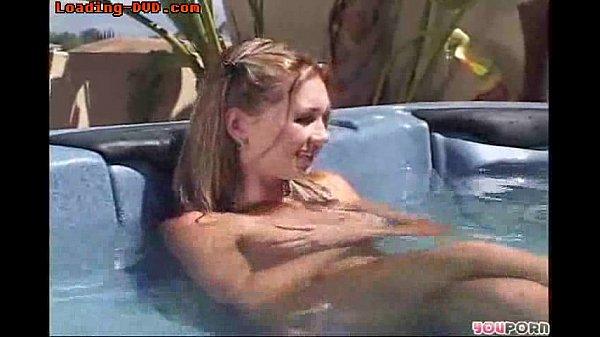 Hot Tub Sex Mädchen
