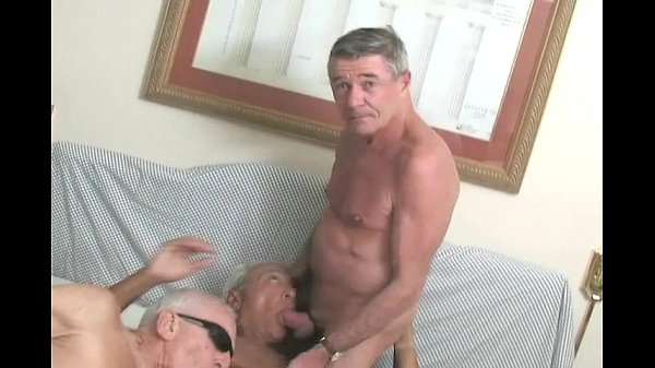 Greyfoxlounge Old mature