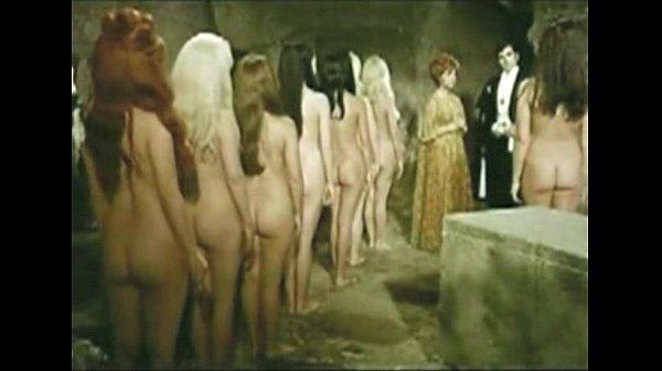 Peliculas porno de vampiras tetonas Elvamp Xnxx Com