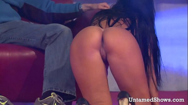 Hottest girl pussy flash