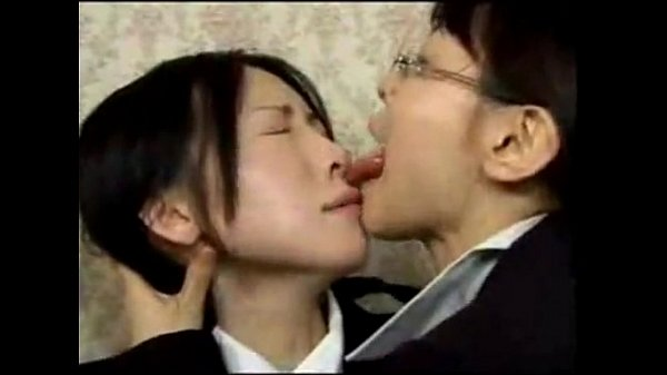 Lesbian Girls Kissing Hard