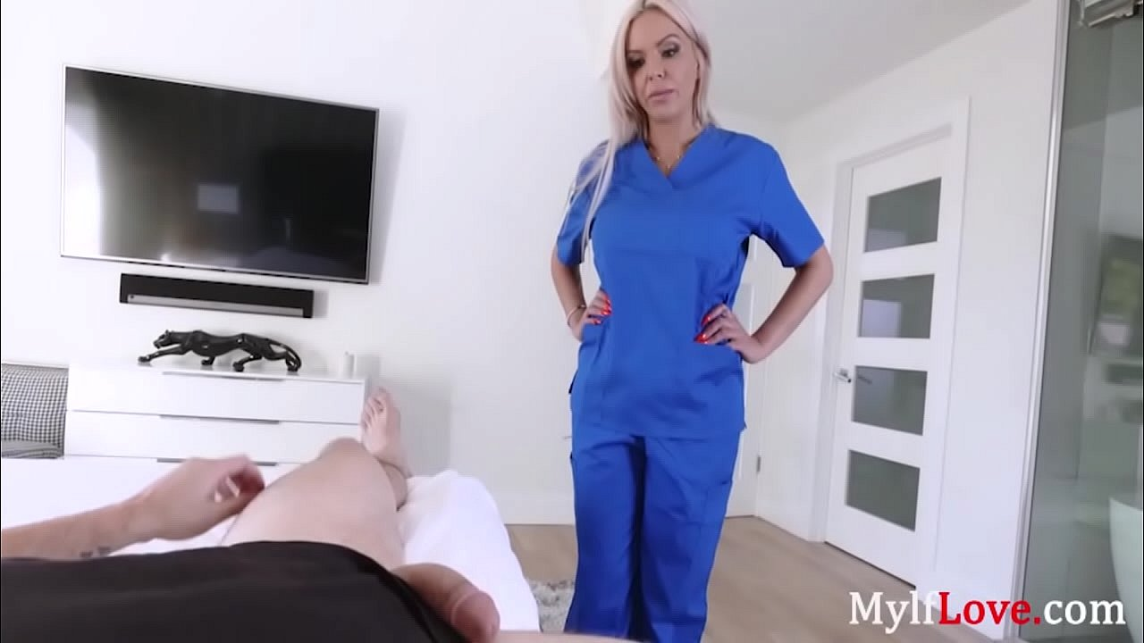 Doctor Mom Helps Son's Damaged Cock- Nina elle