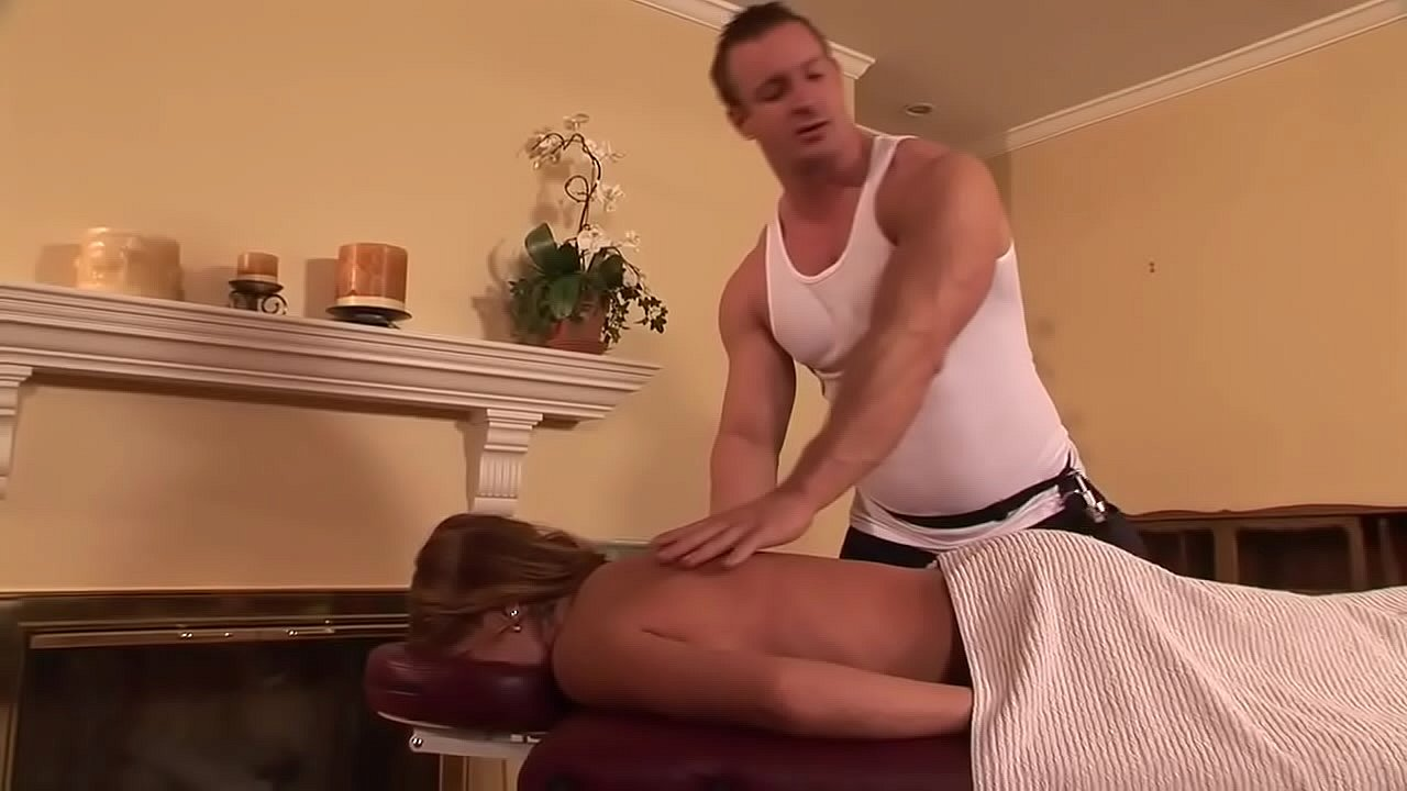 Home massage becomes a fuck for Katerine