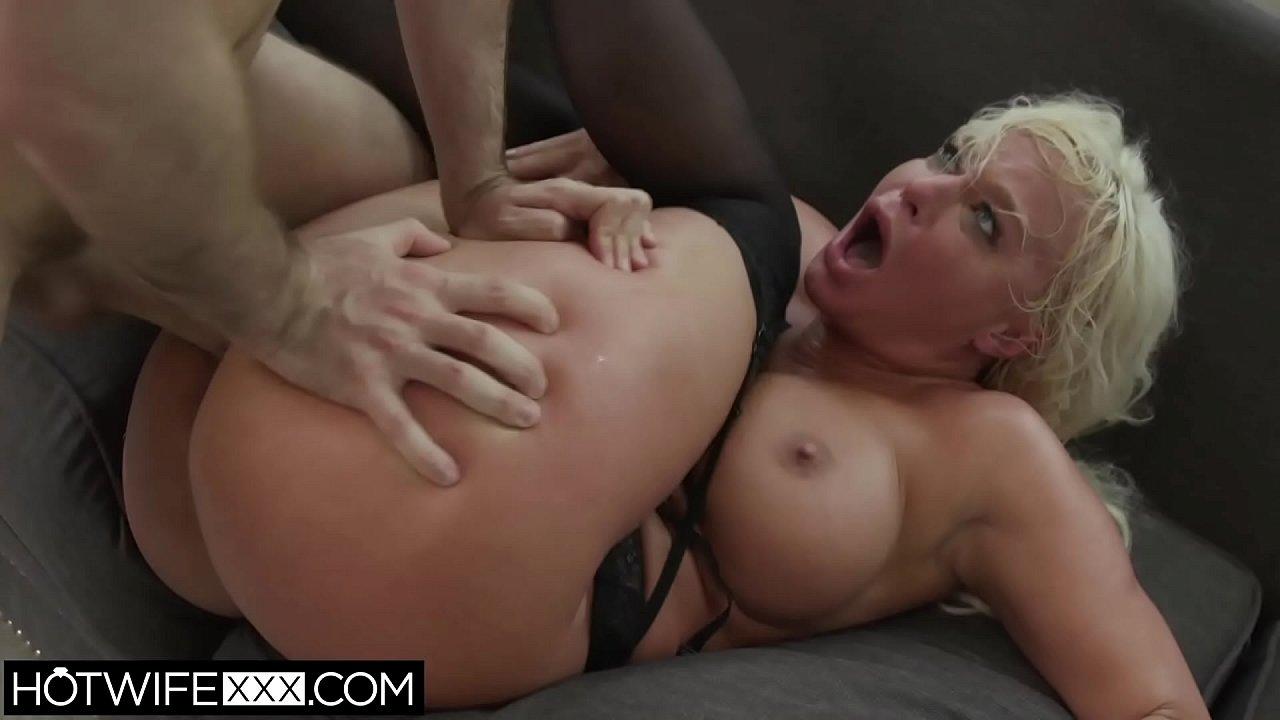 Amateur Anal Big Ass Big Tits