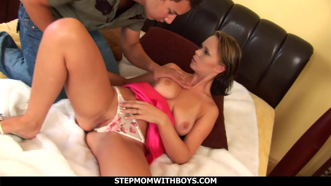 Stepmom With Boys Sexy Hot Stepmom Falls In Love With Stepson