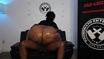 Grande booty Donk