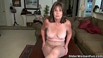 American gilf Kelli and her hairy pussy are alw...