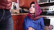 Teen in Hijab Gets a Huge Load In Her Pussy