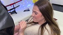TEEN SQUIRTS AND GIVES AN AMAZING HANDJOB TO A ...