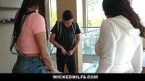 Banging Hot MILF Looks After Her Son's Balls & ...