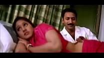 indian mallu college girl showing boobs aunty c...