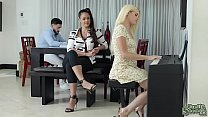 Stepbrother Peter Green fingering and licking h...