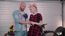 Watch VIP SEX VAULT -  Gorgeous Pinup Girlfriend Misha Cross Horny For A Big Fat Dick preview