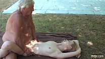 Eating a young pussy and fingering her before i...