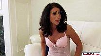 Milf Keli Richards returns to porn by fucking f...