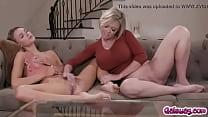 Emma Hix caught Dee Williams masturbating on th...