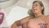 Italian wife enjoys a double anal with a dildo ...