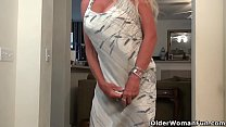 Elegant milf Kyle from the USA takes off her cl...