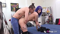 Old MILF wants to eat up a 20 years old dick 'c...