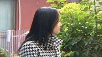 Maria Ozawa shows her hot cleavage outdoor's Thumb