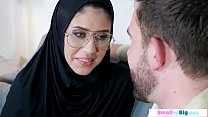 Conservative arab babe squirts and gets assfuck...