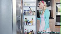 Petite babysitter gets facial after oral and ha...