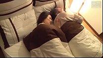 Japanse vrouw geneukt met echtgenoot vriend (Me...