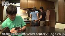 健太は友達の家を訪れ、出迎えてくれた友達の母親...