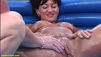 skinny busty stepmom enjoys the whole hand deep...
