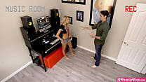 Teen stepdaughter is a DJ and also horny for st...