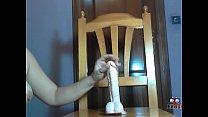 Española se folla una silla con polla