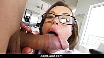 Big ass sexy booty amateur teen slut hard fucki...