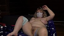 A chubby milf in a sex chat masturbates with a ...