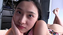 Chinese Slut 刘玥 Get's Her Pussy Filled in Par...
