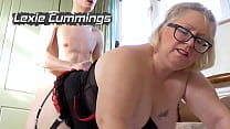 LATIN CHILI Horny mature lady showing and strok...