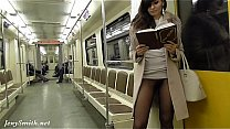 Spying on girl's pussy in pantyhose in subway