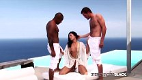 Sweet ethnic Euro Babe, Vanessa May drains a pa...