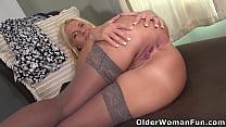 American milf Cyndi gets turned on in pantyhose...