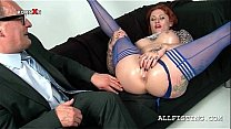 Oily slutty redhead fisting her craving pink sn...