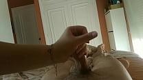 Mi amiga argentina me masturba y obtiene su lec...