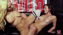 GIRLSGONEWILD - Beautiful Ladies Licking Each O...