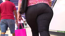 MILF PAWG CANDID BIG BUTT IN TIGHTS