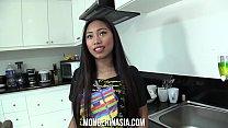 Filipino teen let's Boss creampie her