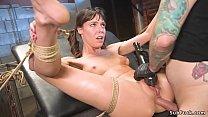 Brunette girl next door Vera King in b. rope bo...